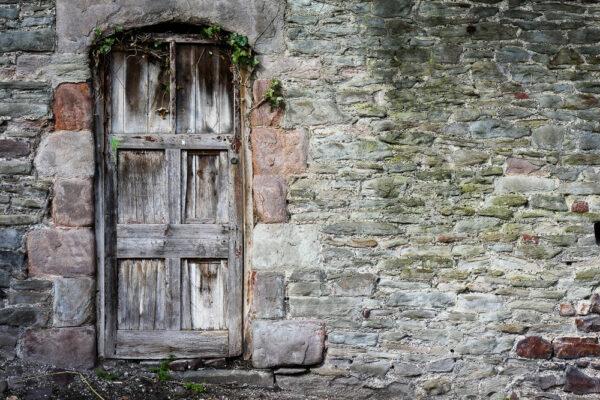 Brandon Steep Door